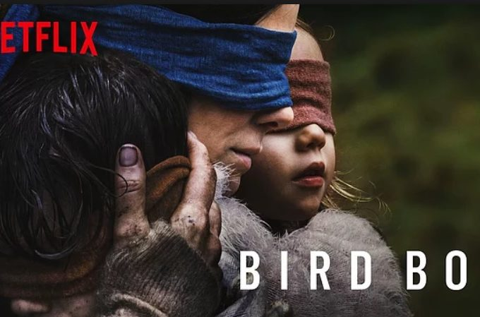 Bird Box (2018) – Asla Gözlerini Açma Film Analizi