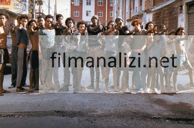 Tanrıkent Film Konusu ve İnceleme – Analiz