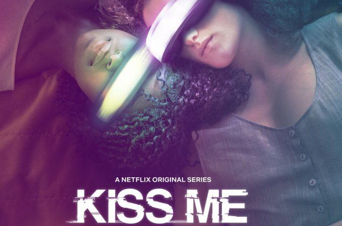 Kiss Me First – Sanal Gerçeklik Üzerine